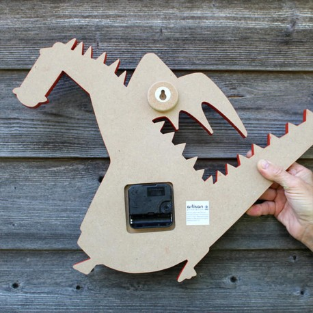 Dragon clock - red